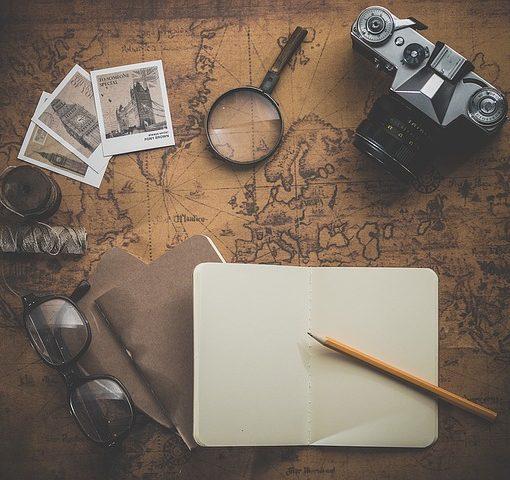planowanie wakacyjnej podróży i wynajmu busa 9 osobowego